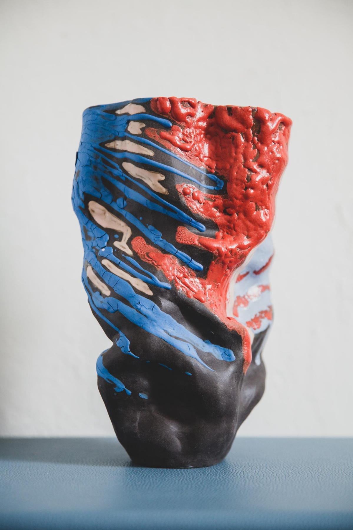 "Julia Kushnarenko. Vase ""Storm"""