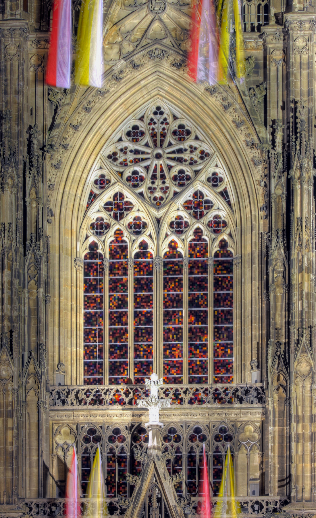 Gerhard Richter. Stained glass window of Cologne Cathedral