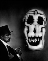Unknown artist. The photograph Gave the work of Philippe Halsman