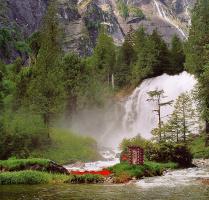 Пристройками. Водопад