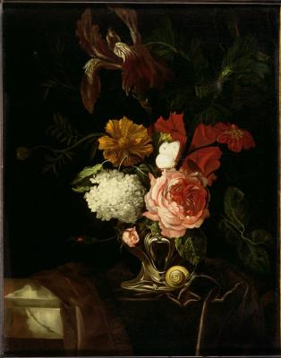 Виллем ван Алст. Натюрморт с цветами в вазе, улиткой и бабочкой