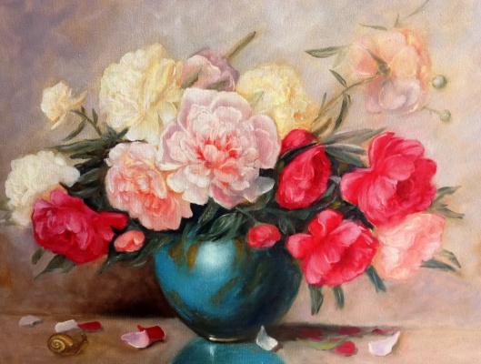 Victoria Fedorovna Humanenko. Peonies in a blue vase