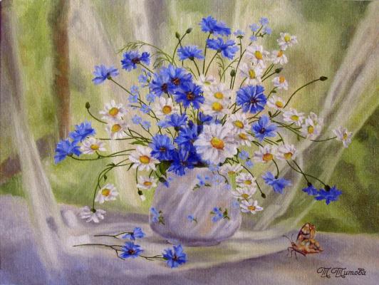 Татьяна Титова. Букет цветов и бабочка