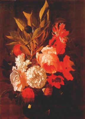 Галле. Розовые и белые цветы в стеклянной вазе