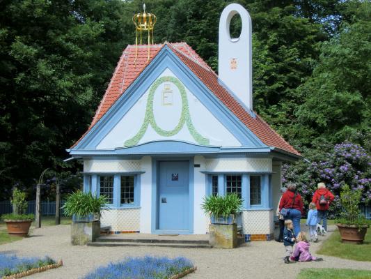 Joseph Maria Olbrich. Princess House, Wolfgart Palace Garden