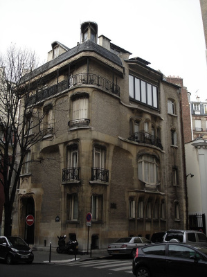 Hector Guimard. Guimard Mansion, Paris