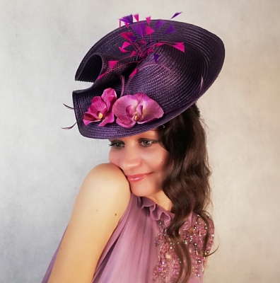 "Natalia Vladimirovna Solntseva. Hat ""Purple Orchids"""