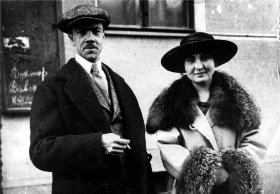 Nikolay Nikolayevich Goloschapov. Photo with his wife Anna