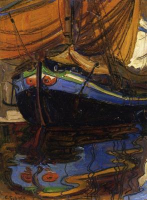 Парусная лодка, отражающаяся в воде