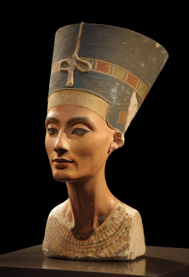 Masterpieces of unknown artists. Bust Niferty