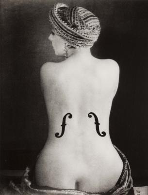 Man Ray. Violin engras