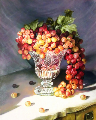 Vladimir Shtykov. Grapes in a crystal vase
