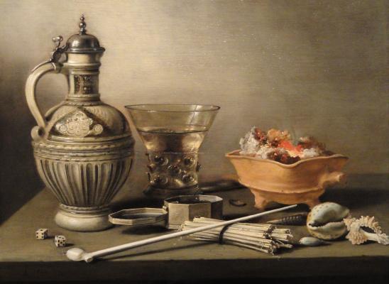 Питер Клас. Натюрморт с глиняным кувшином, игральными костями и курительными принадлежностями