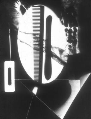 Mans ray. Rayograph