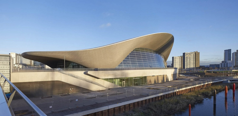 Zaha Hadid. London Aquatics Center