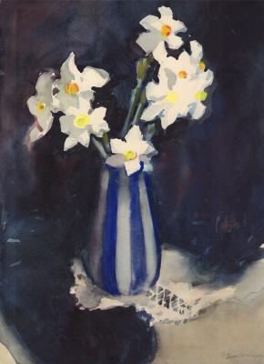 Ольга Константиновна Дейнеко. Натюрморт с нарциссами в полосатой вазе. 1968