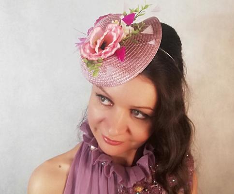 "Natalia Vladimirovna Solntseva. Hat ""Azalea"""