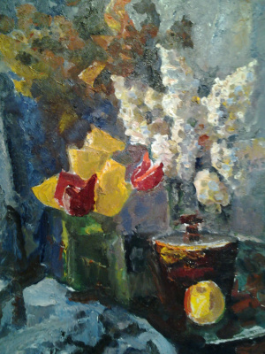Still life with white lilacs