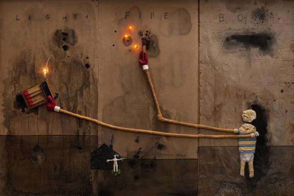 Дэвид Кит Линч. Мальчик зажигает огонь