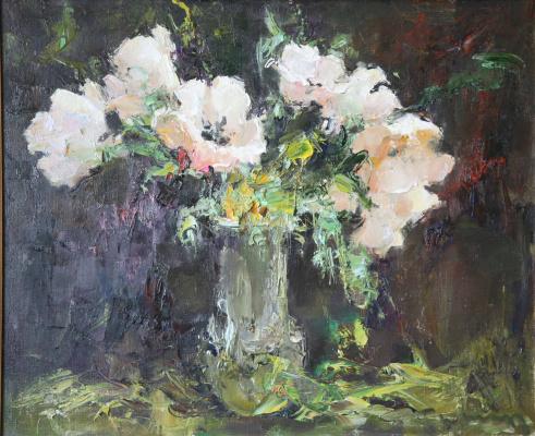 Tuman Art Gallery Tumana Zhumabayeva. White bouquet