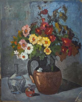 Елена Дмитриевна Чичагова-Россинская. Натюрморт с цветами и бутылкой.