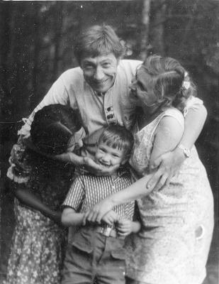 May Petrovich Miturich-Khlebnikov. May Miturich and son of the artist from Tuva I. Y. Kuznetsov Dmitri Kuznetsov