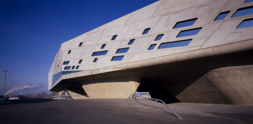 Zaha Hadid. Science Center Phaeno