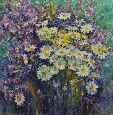 Валерий Иванович Ярош. Daisies with purple flowers
