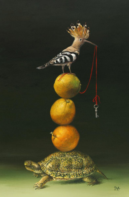 Irena Aizen. Pyramid with Hoopoe