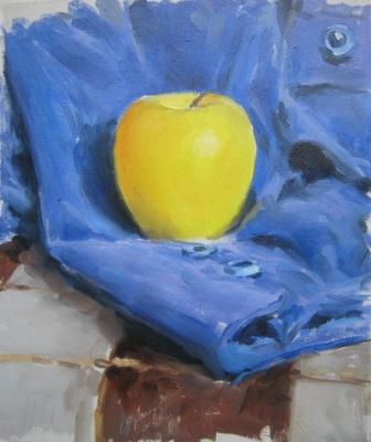 Евгений Кротов. Яблоко на синем фоне
