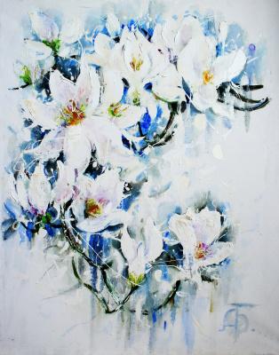 Anastasiya Bernie. White magnolia