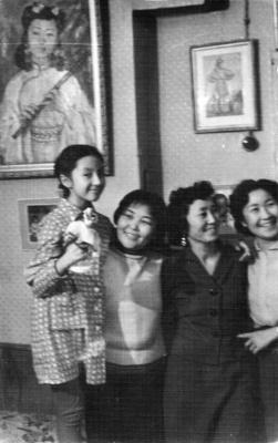 Nadezhda Nikolaevna Rusheva. Nadia Rusheva (left) and mother Natalia, AICMA (third from left)