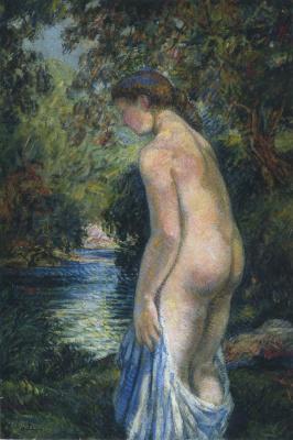 Молодая купальщица на берегу реки