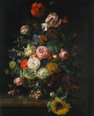 Рашель Рюйш. Розы, тюльпаны, подсолнух и другие цветы с насекомыми в стеклянной вазе