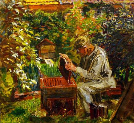 Анатолий Григорьевич Лимарев. На пасеке