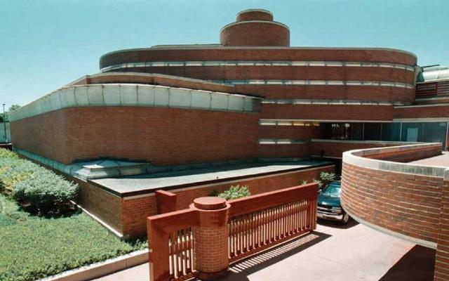 Frank Lloyd Wright. SC Johnson Wax Wisconsin Headquarters