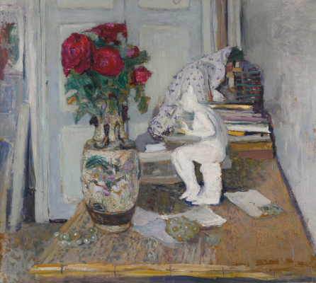 Jean Edouard Vuillard. Still life with red roses and sculpture