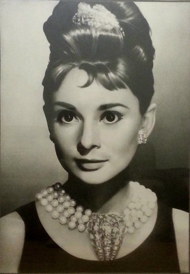 Sergei Hinz. Audrey Hepburn