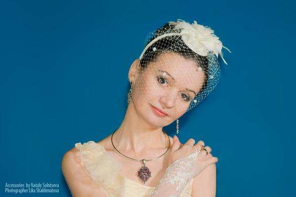 "Natalia Vladimirovna Solntseva. Veil ""Flower with feathers"""