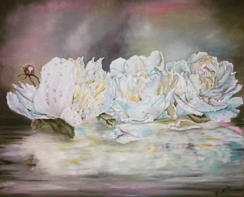 Natalia Kupreychenko. White flowers
