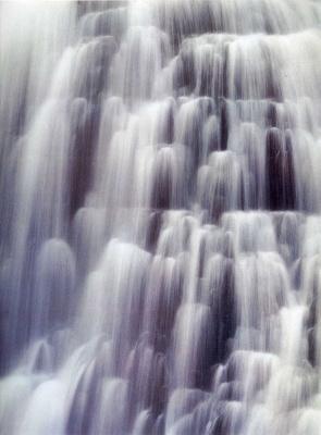 Дэвид Мюнх. Бурный водопад