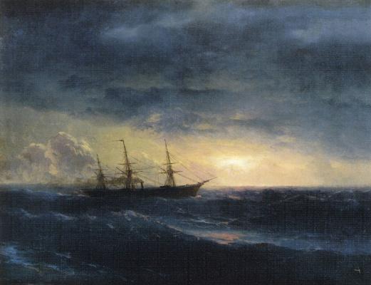 Крейсер в море ночью