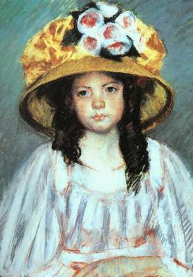 Girl in big hat