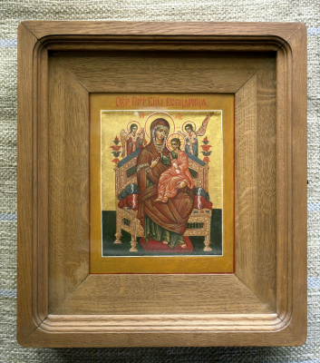 Moscow Icon Painting Workshop. Mother of God vsetsaritsa 21х17,in oak case книжка35х30 Board with the ark, and the two dowels, canvas, gesso, gold, oil, lacquer