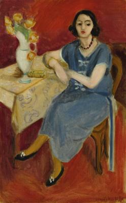 Анри Матисс. Женщина в голубом у стола на красном фоне
