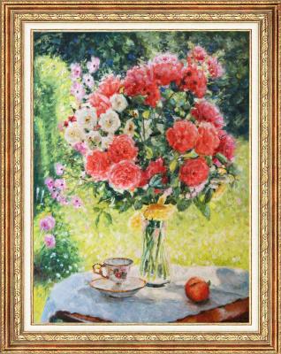 Igor Razzhivin. Sunny roses