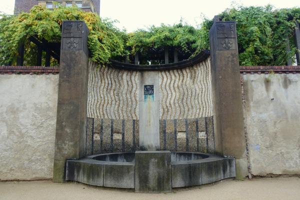 Joseph Maria Olbrich. Bacchus Fountain in Darmstadt