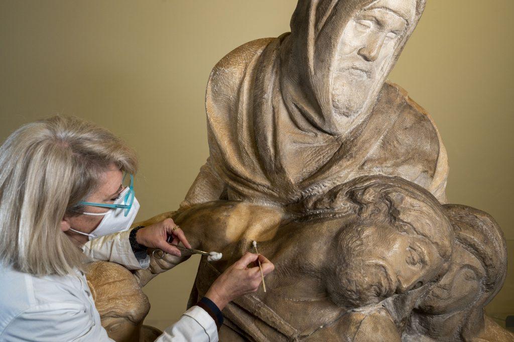 Завершена реставрация надгробия, которое Микеланджело делал для себя