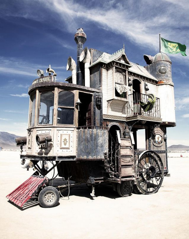 The Neverwas Haul — a pseudo-Victorian mobile home at Burning Man