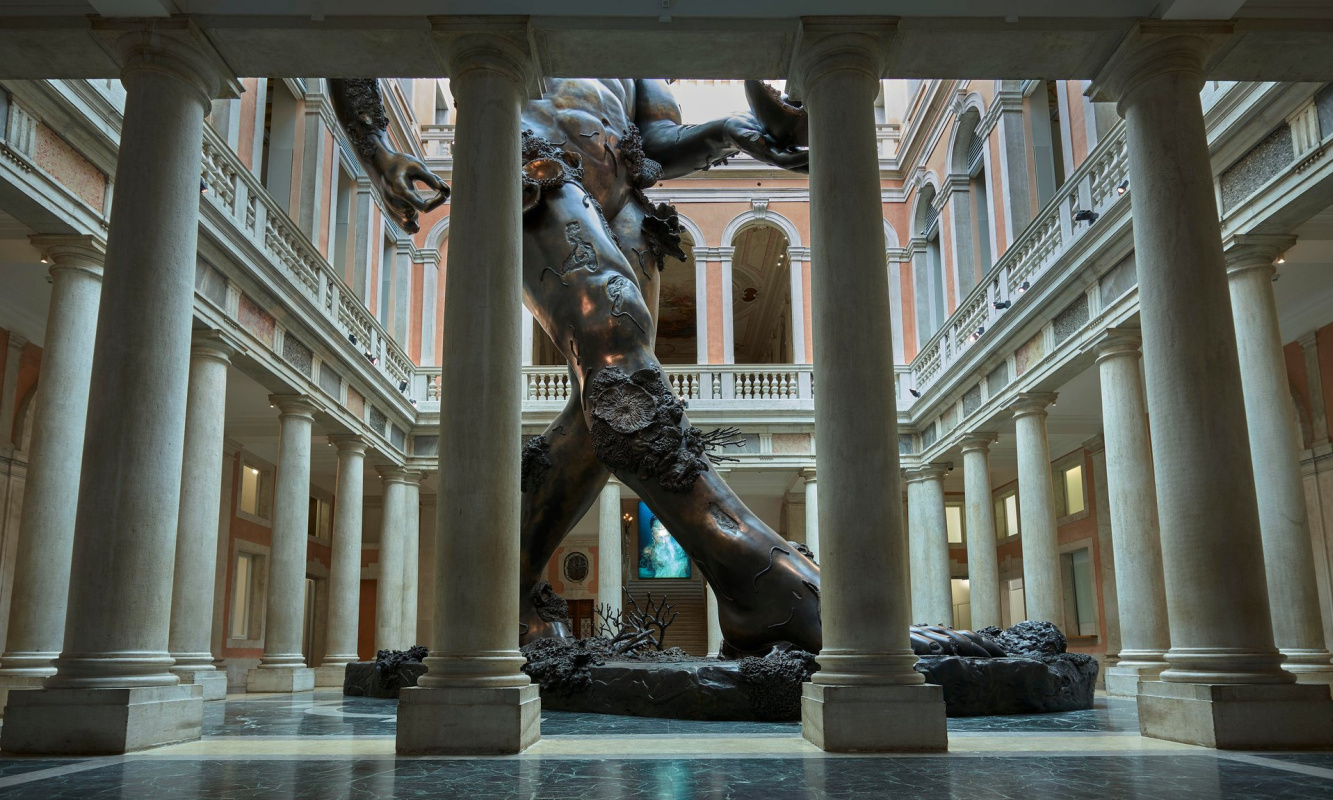Damien Hirst invites to admire luxury treasures of the Unbelievable in Venice